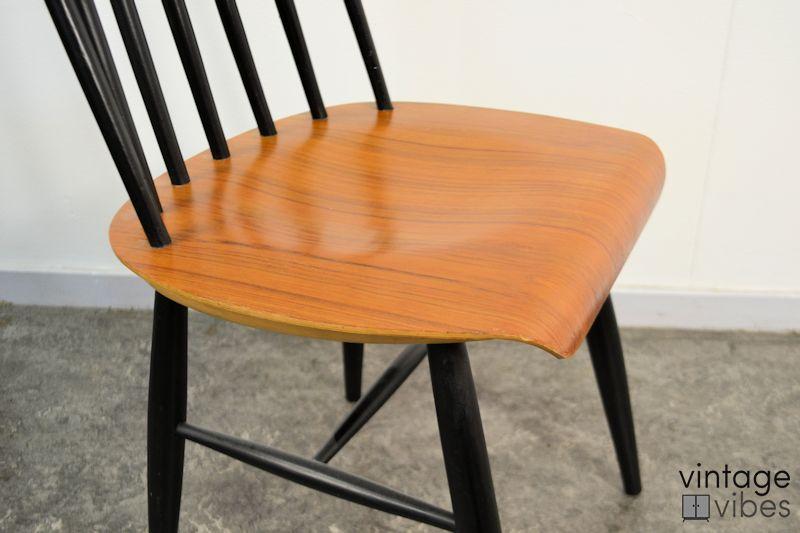 Vintage Tapiovaara stijl stoelen (detail)