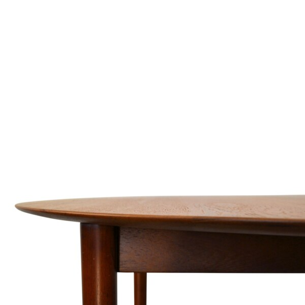 Vintage Hvidt & Mølgaard-Nielsen model 311 teak eettafel (detail)