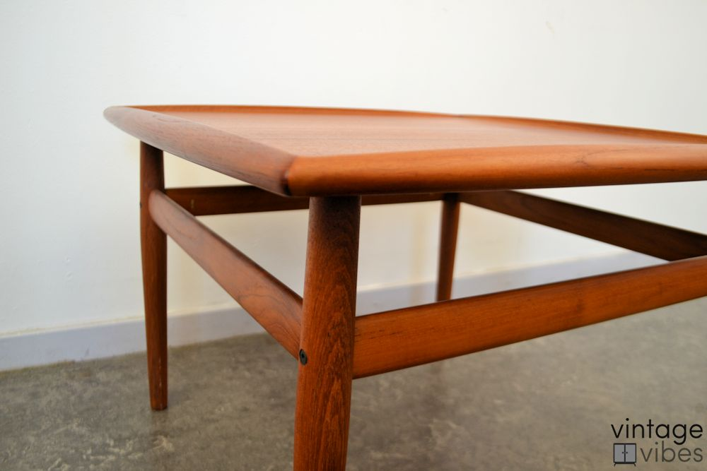Danish Modern Coffee Table by Grete Jalk - detail