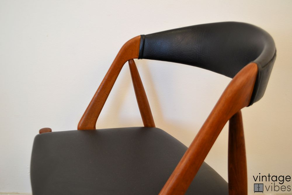 Danish Modern Kai Kristiansen Model #31 Dining Chairs - detail backrest and seat