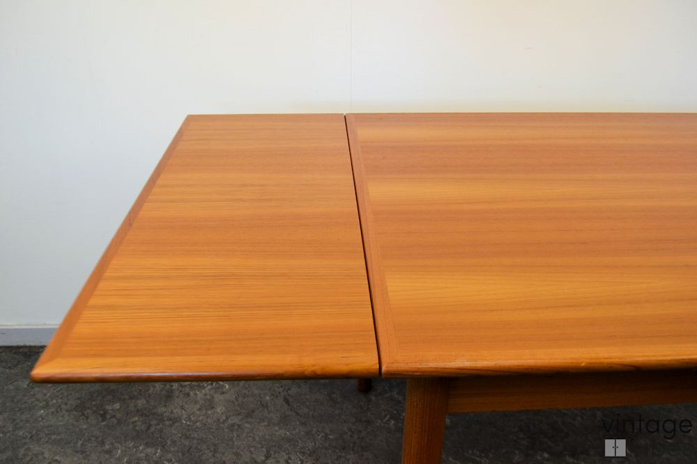 Danish Modern Teak Dining Table -extension