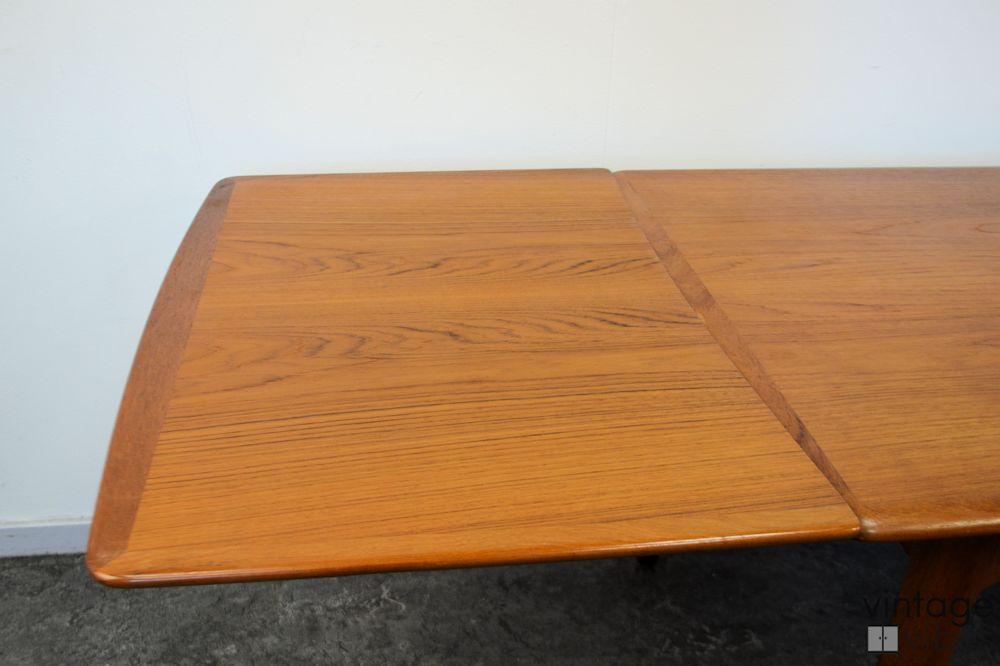 Danish Modern Teak Dining Table - detail extension