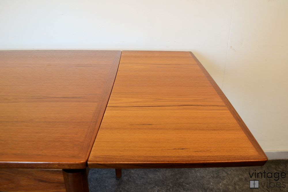 Danish Modern Poul Hundevad Dining Table - detail top