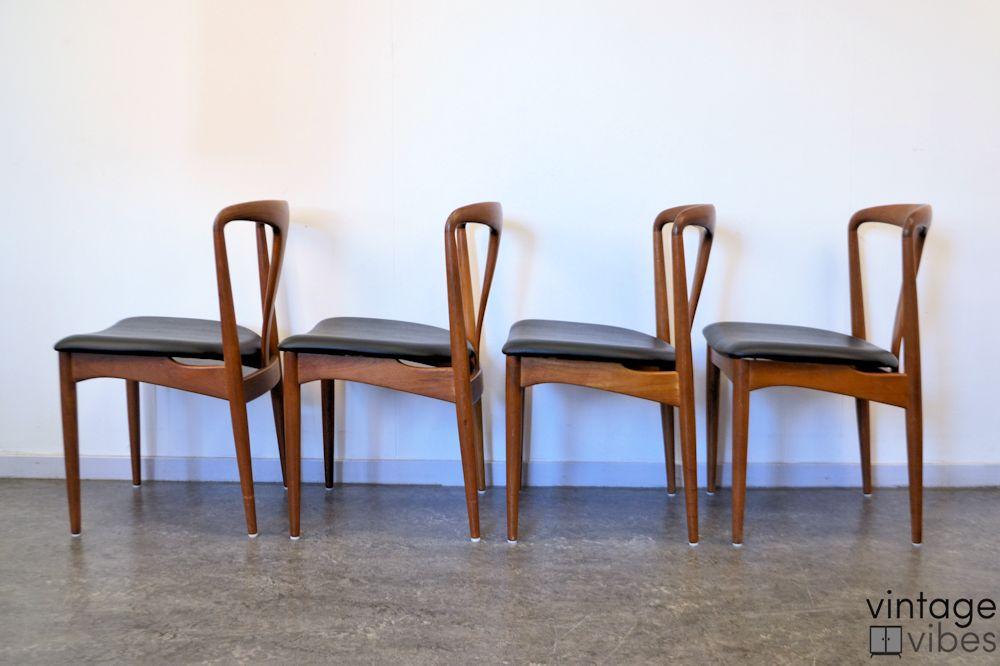 "Johannes Andersen ""Juliane"" teak stoelen"