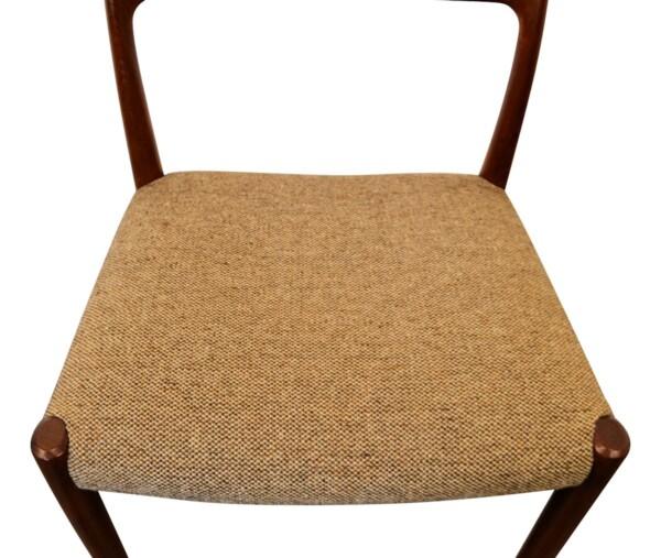 Vintage stoelen teak van Niels O. Møller, mod. 77 (detail)