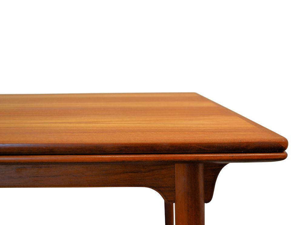 Gunni Omann Jr. Model 54 Dining Table - detail