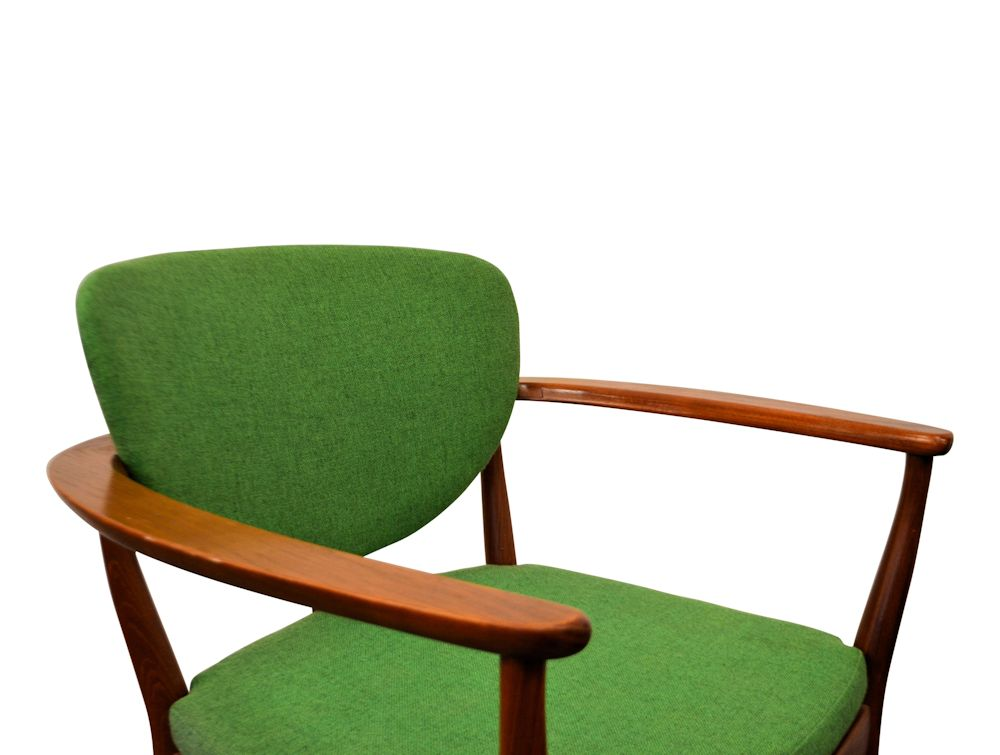Danish Modern Teak Lounge Chairs - detail seat