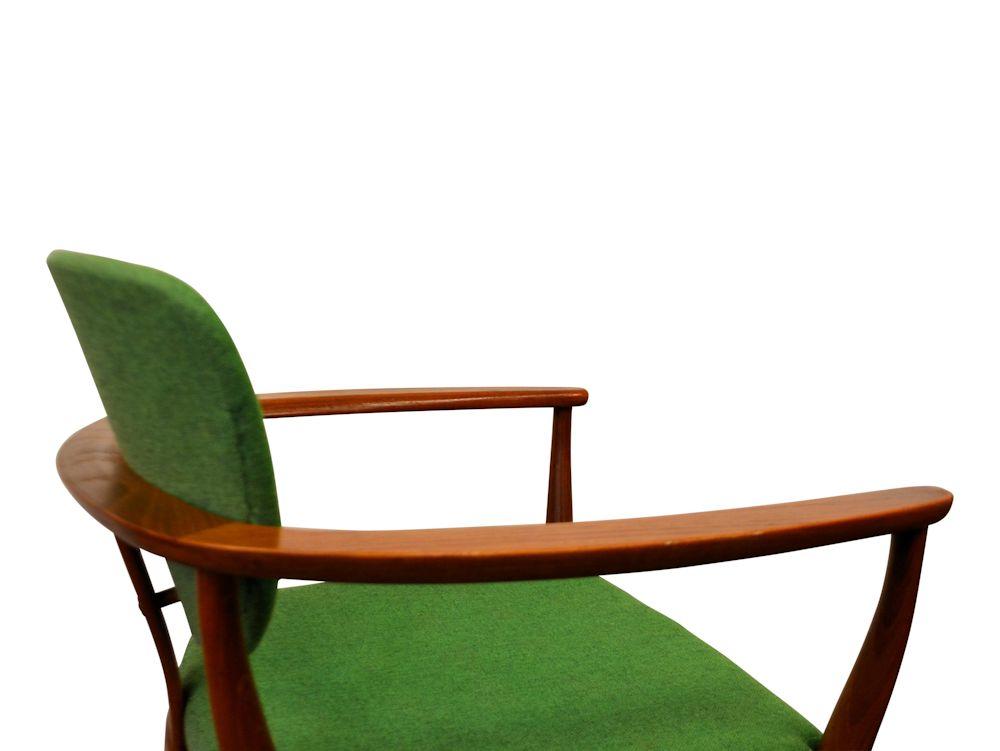 Deens design teak fauteuil (detail)