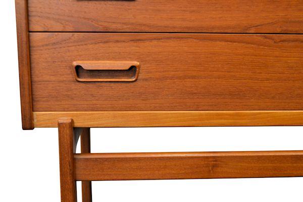 Arne Wahl Iversen Cabinet Desk -detail