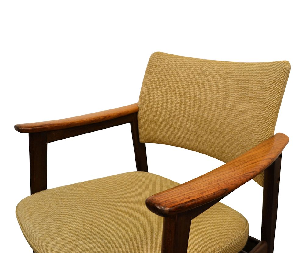 Erik Kirkegaard Palisander Armrest Chairs -detail