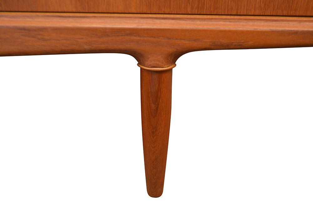 dressoir24gTeak Gunni Omann Jr. Sideboard - detail leg