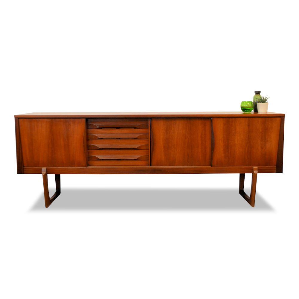 Mid-century modern Elliot teak dressoir