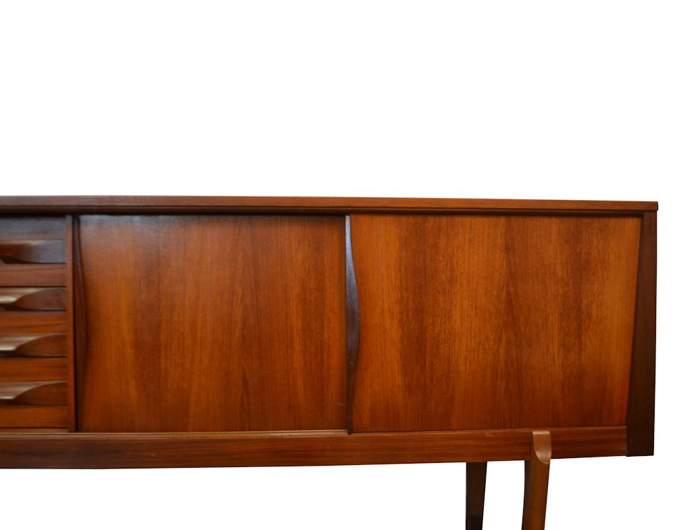 Midcentury Modern Elliots Sideboard - detaiil doors right
