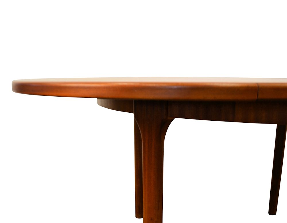 Vintage Midcentury Modern G-Plan Dining Table - detail