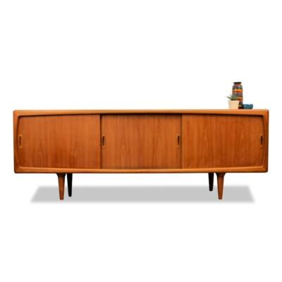 Deens design H.P. Hansen teak dressior