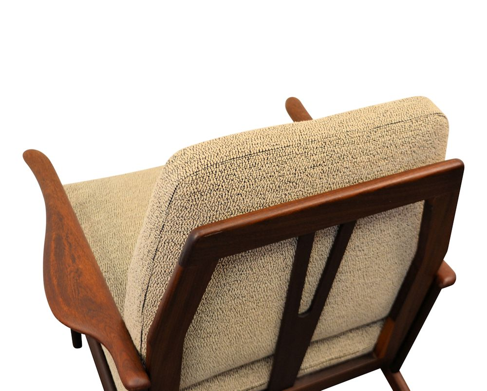 Vintage Danish Modern teak Y-shape lounge chair - detail backrest
