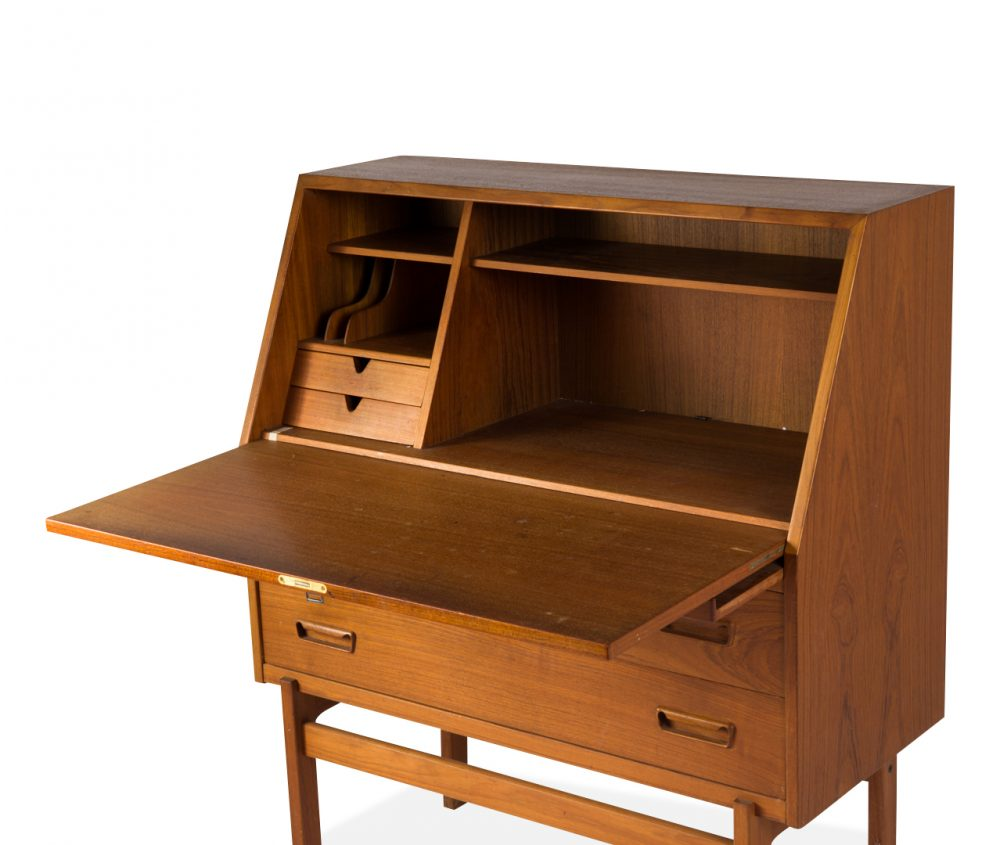 Arne Wahl Iversen Cabinet Desk Model 68 - open