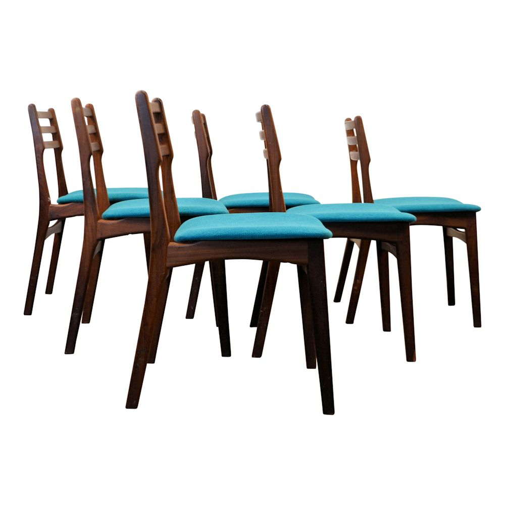 Danish Modern Teak Dining Chairs by R. Borrøgaard - side