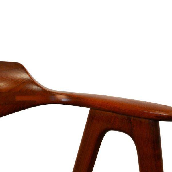 Erik Kirkegaard teak armleuning stoel (detail)