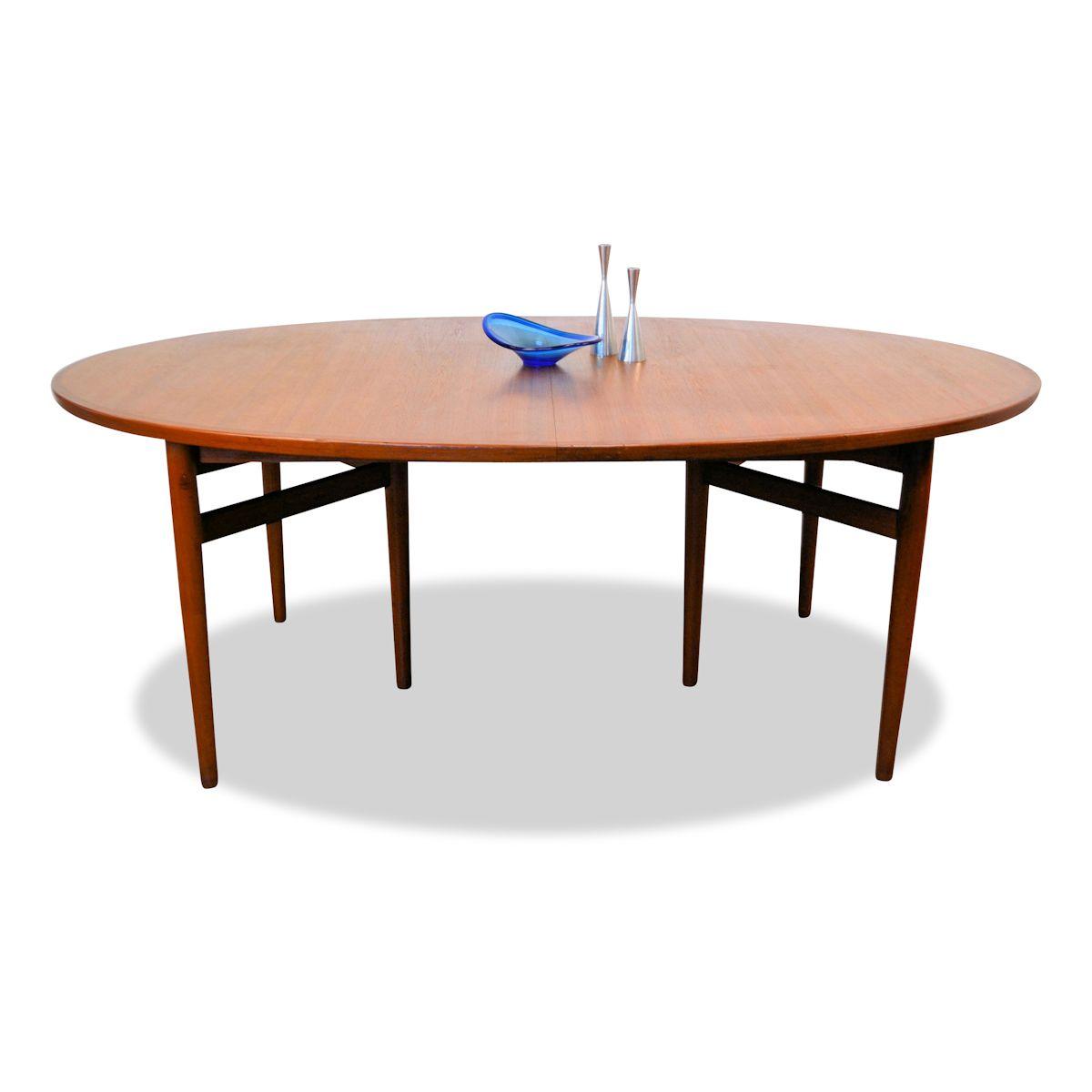 Arne Vodder, model 212 teak ovale eettafel
