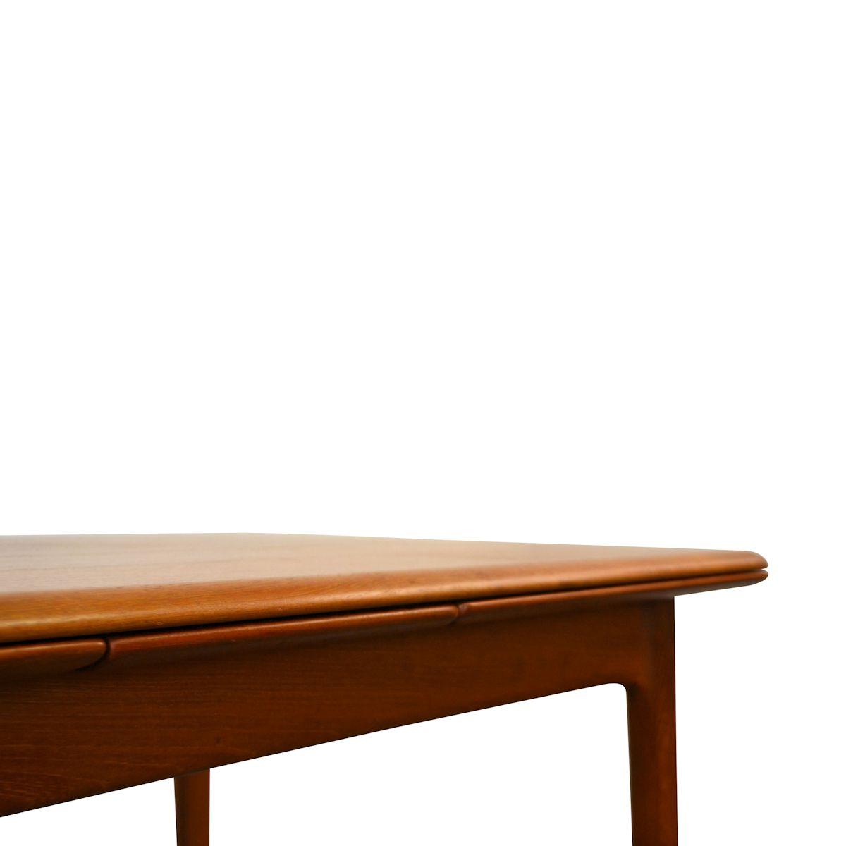 Vintage Danish Modern Svend Aage Madsen Dining Table - detail