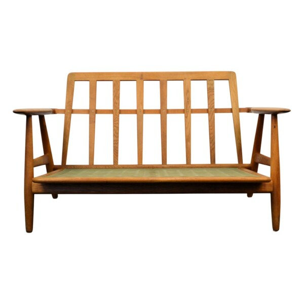 "Hans J. Wegner Two-seater Sofa Model GE-240/2 ""Cigar"" - frame"