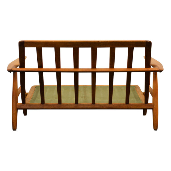 "Hans J. Wegner Two-seater Sofa Model GE-240/2 ""Cigar"" - back"