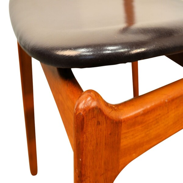Vintage Teak Dining Chairs by Erik Buck - detail