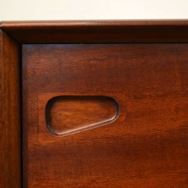 Vintage Deens design Skovby-Henry Rosengren dressoir (detail)