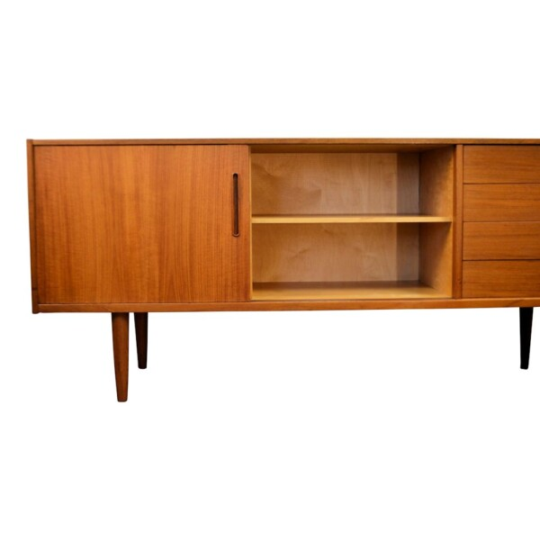 "Vintage Nils Jonsson ""Trento"" dressoir (detail)"