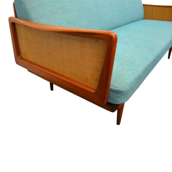 Peter Hvidt & Orla Mølgaard teak sofa (detail)