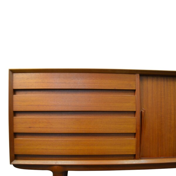 Gunni Omann model 18 teak sideboard - drawers