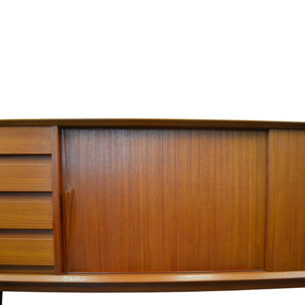 Gunni Omann model 18 teak sideboard - door right