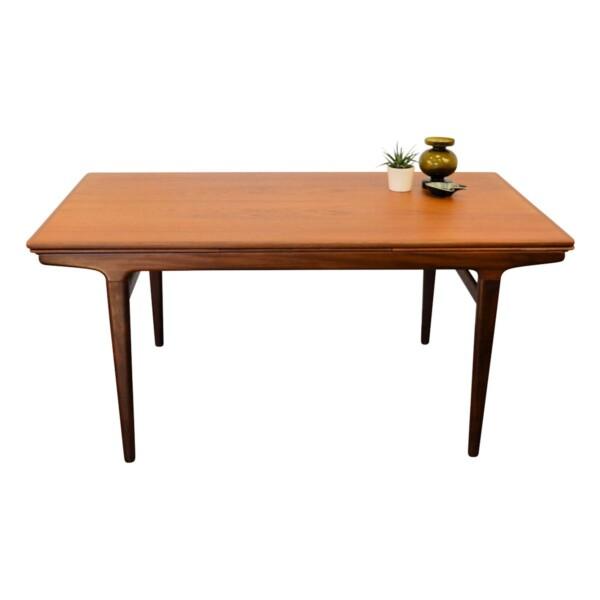 Vintage Teak Dining Table by Johannes Andersen - Uldum branding
