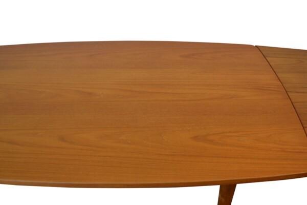 Vintage Danish Dining Table by L. Chr. Larsen & Son - teak top detail