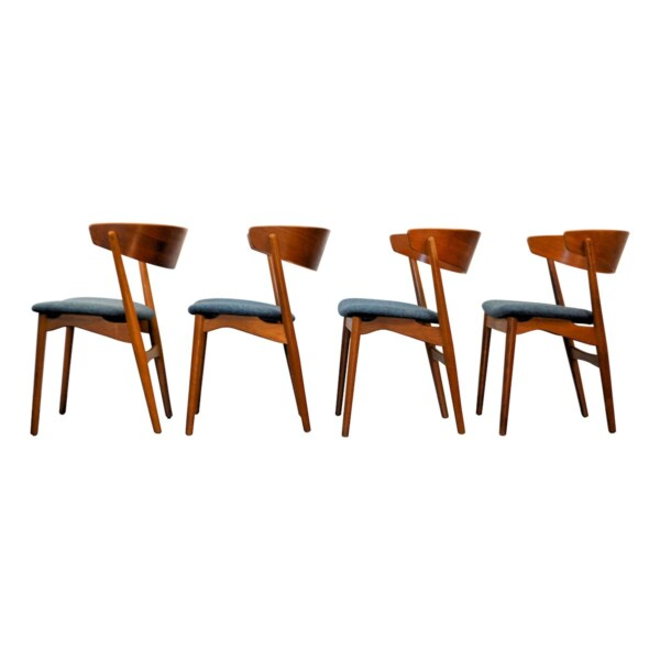 Vintage Teak Helge Sibast Model no. 7 Dining Chairs - side