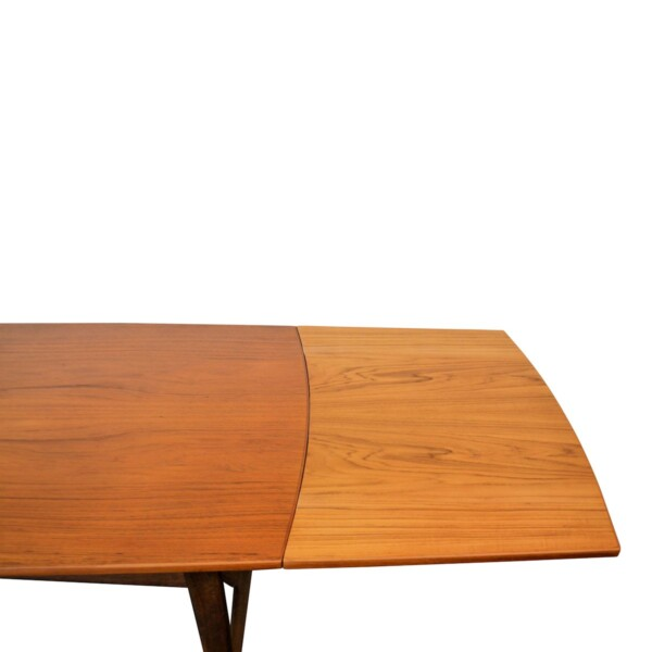 Vintage Svend Aage Madsen teak dining table - detail