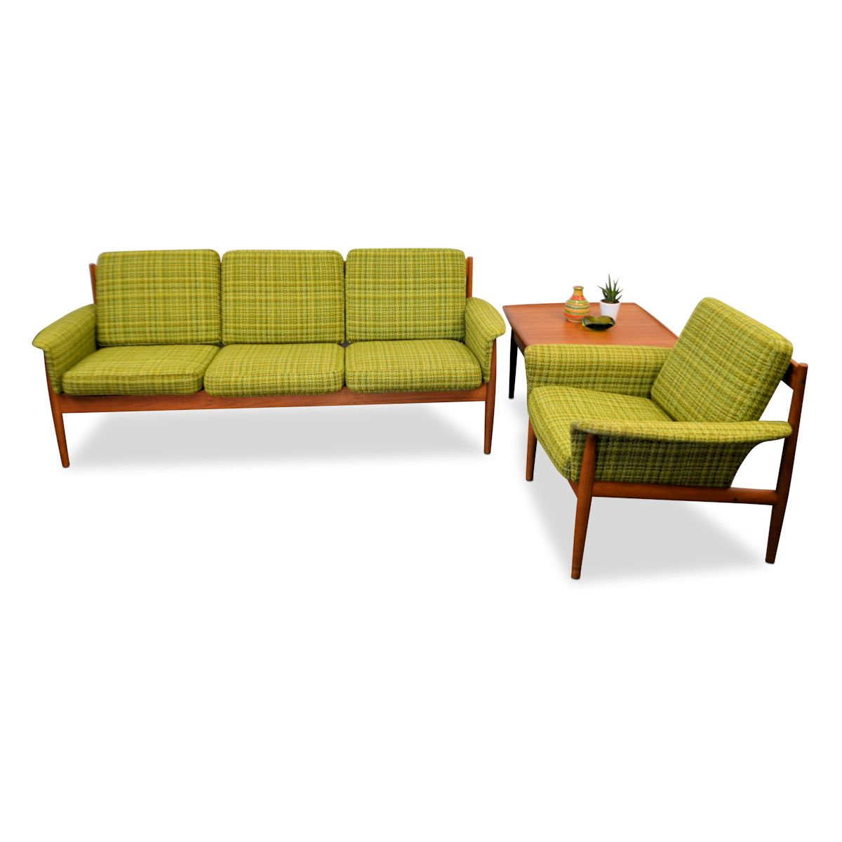 Zweeds Design Bank.Vintage Three Seater Sofa By Grete Jalk Vintage Vibes