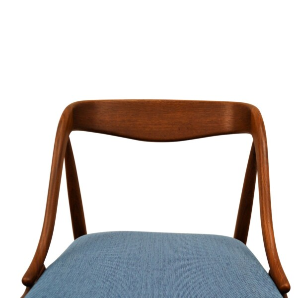 Vintage Teak Dining Chairs by Johannes Andersen - detail seat and backrest