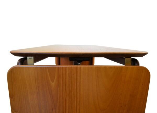 Vintage Peter Hvidt & Orla Mølgaard-Nielsen Table - detail