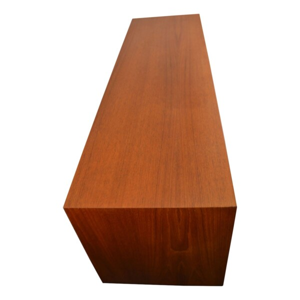 Vintage Teak Sideboard by Gunni Omann - detail top