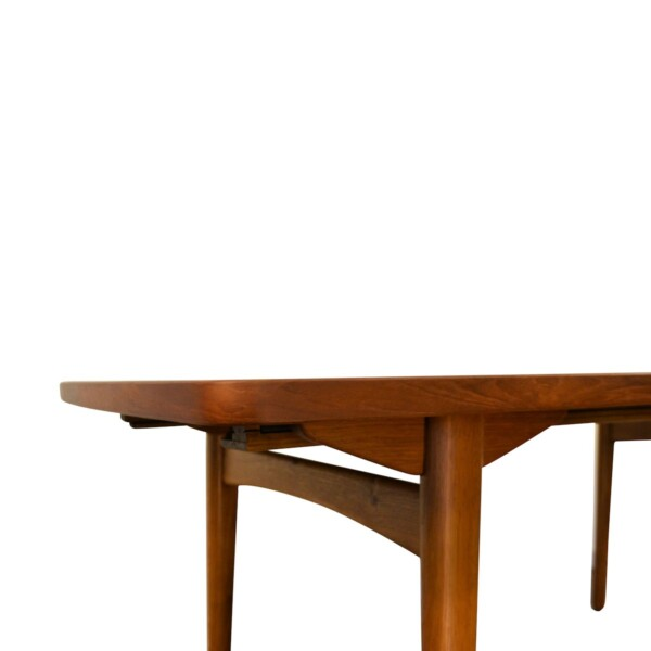 Vintage Danish Dining Table by L. Chr. Larsen & Son - detail
