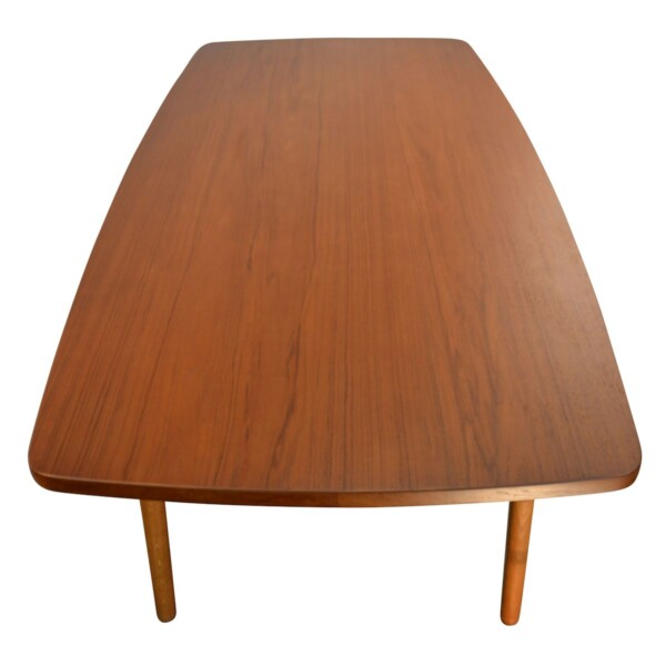 Vintage Danish Dining Table by L. Chr. Larsen & Son - detail top