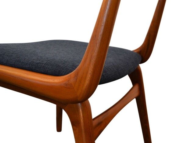 "Vintage Alfred Christensen ""Boomerang"" stoel (detail)"