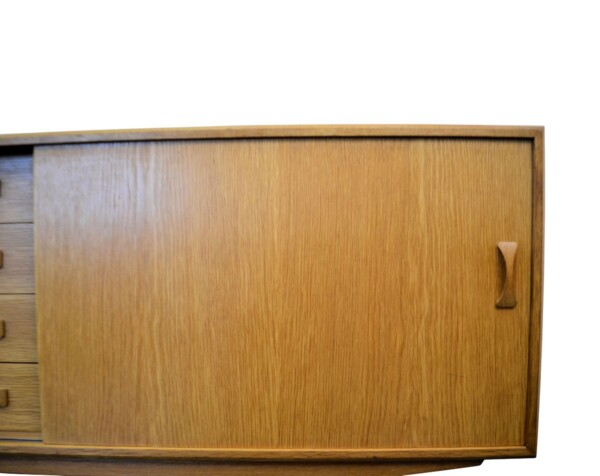 Vintage Oak Clausen & Son Sideboard - detail door