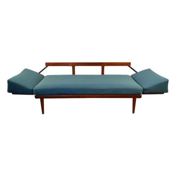 Vintage Peter Hvidt & Orla Mølgaard-Nielsen Model 451 Sofa - folded out