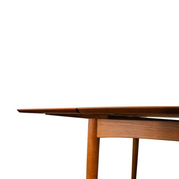 Vintage Deens design Slagelse Møbelvaerk teak eettafel (detail)